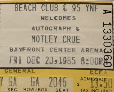 Motley Crue with Autograph 12-20-1985